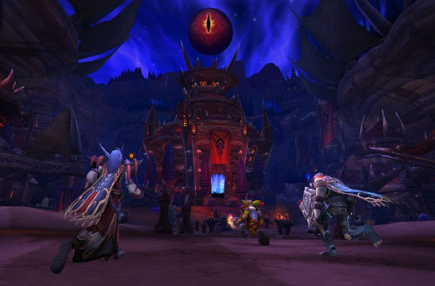 World of Warcraft Visions of N'Zoth Yayında